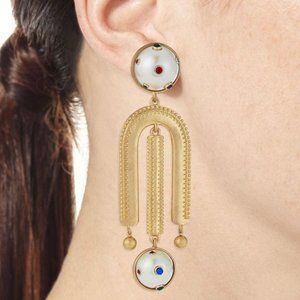 COPY - LuLu frost gold and pearl clip on earrings